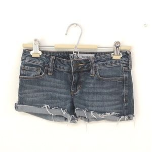 Bullhead cutoff denim shorts